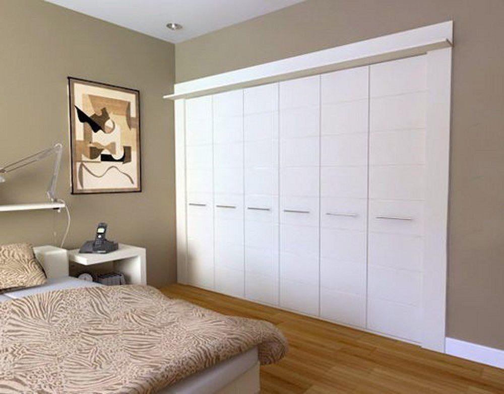 Встроенный распашной шкаф на заказ - идеи для дома.